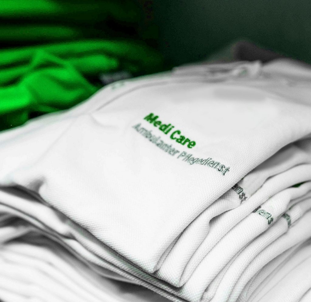 Health Care Support - Bestickung Pflegebekleidung
